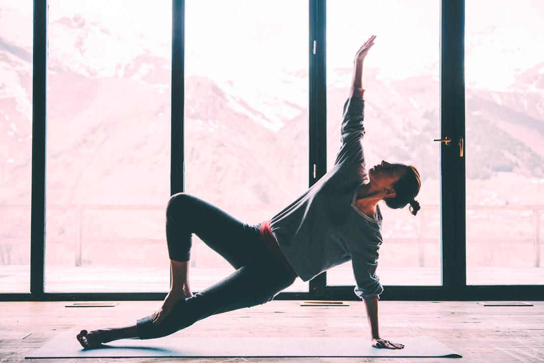5 postures de yoga pour réduire le stress