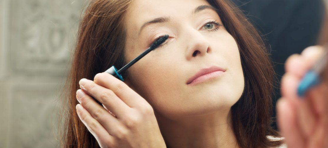 comment maquiller ses yeux après 50 ans ?