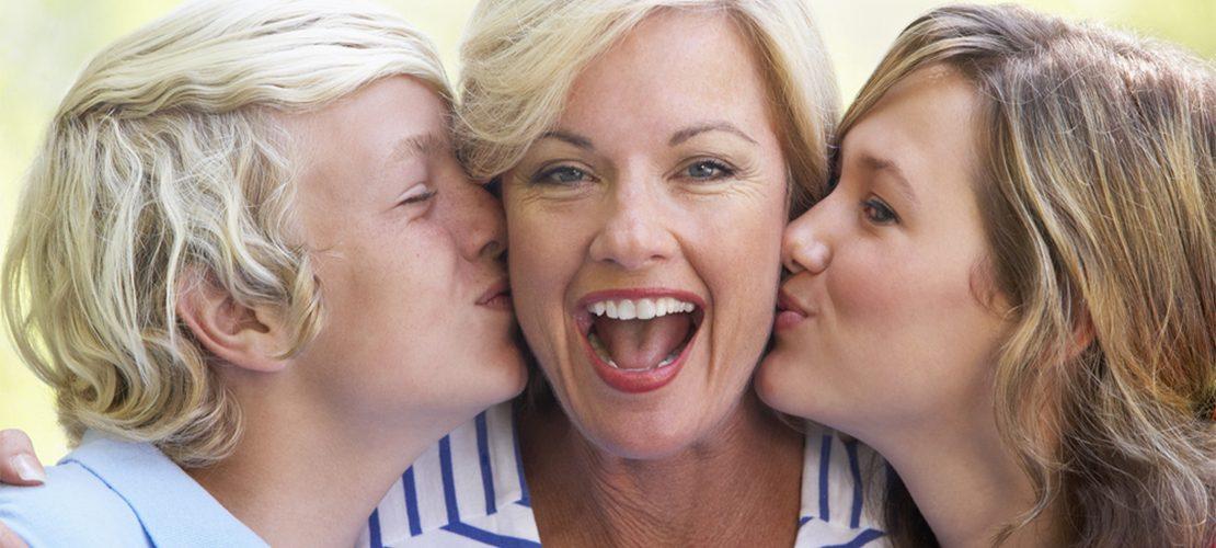 photo femme enfants famille