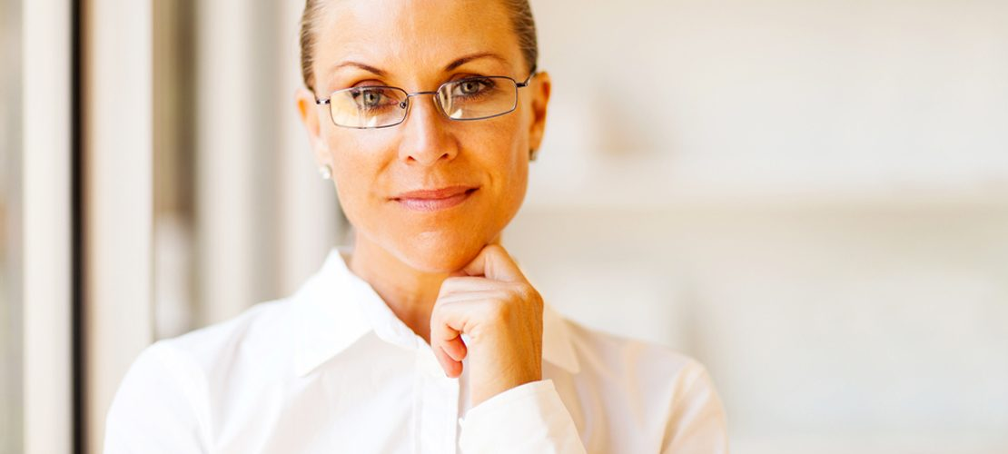 photo senior business woman