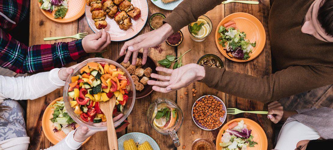 photo repas entre amis