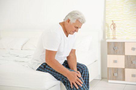 photo homme souffrant de douleur musculaire
