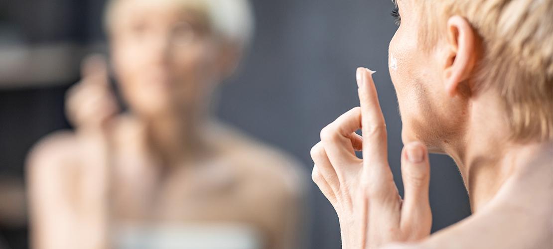 Waarom je bodylotion nooit op je gezicht zou moeten gebruiken