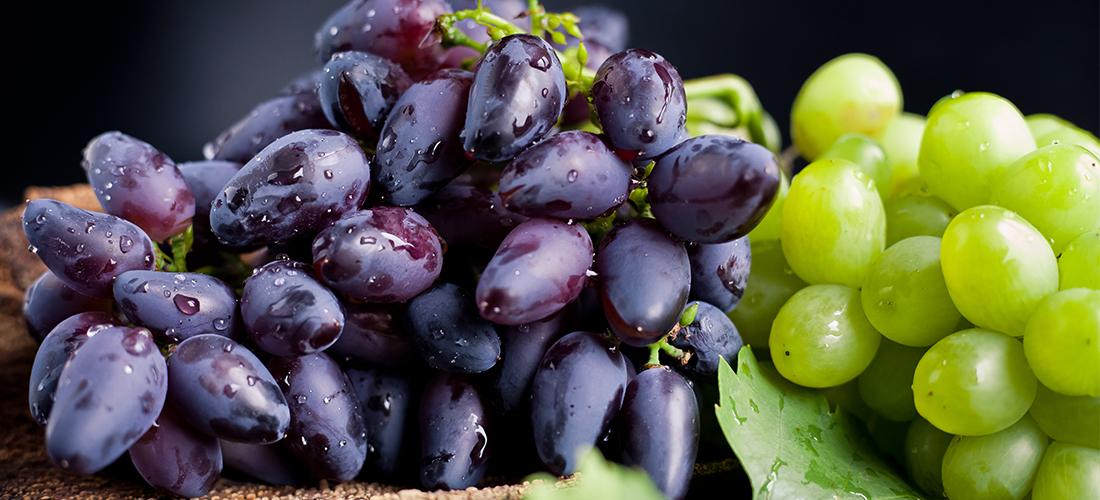 blauwe witte druiven gezonder